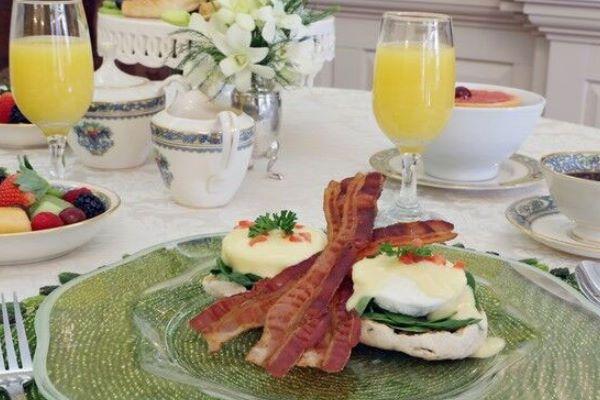 Breakfast at The Francis Malbone House, Rhode Island