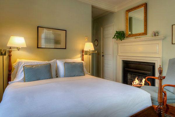 The Francis Malbone House, Rhode Island Gardenside Room - 4
