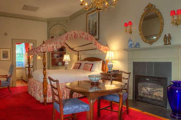 The Francis Malbone House, Rhode Island Counting House Suite